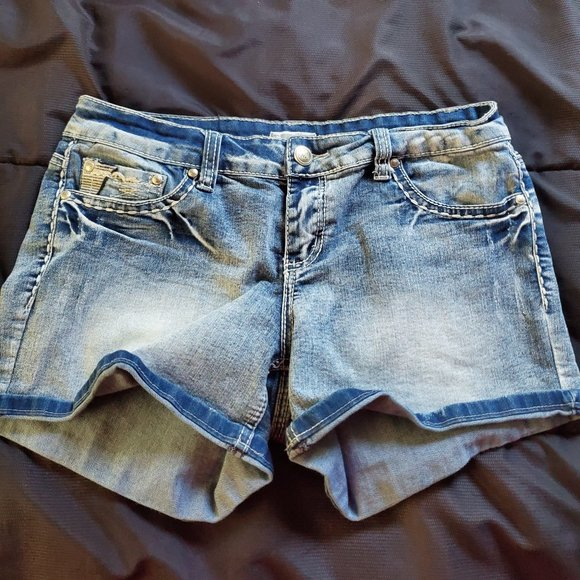 Junior 11 denim shorts